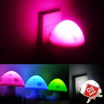 Đèn ngủ cảm ứng ánh sáng hình nấm